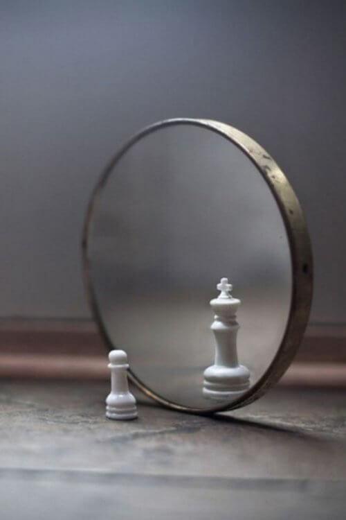 Miroir Roi et pion Lecture image ésotérique