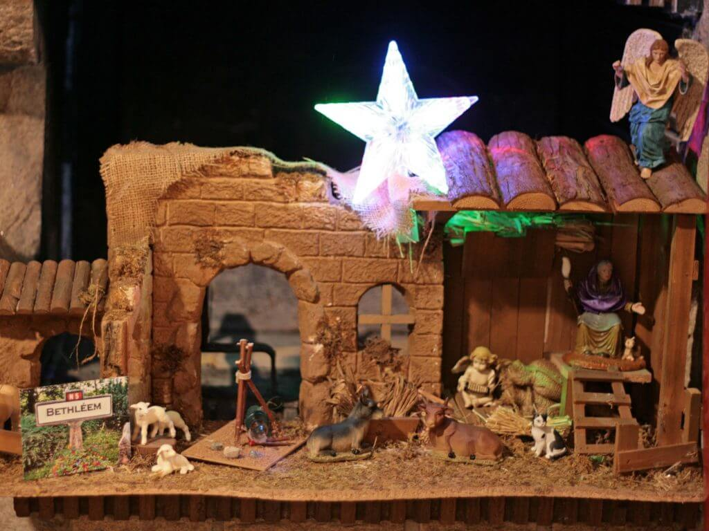 Crèche de Noel symbolisme